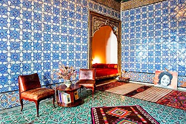 La chambre bleue guesthouse tunis tunis bed and breakfast for Amalric la chambre bleue