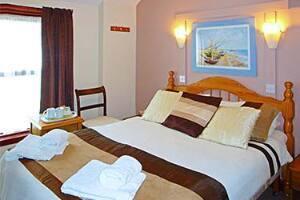 Kirkstall House Hotel Blackpool