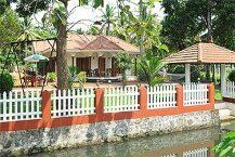 Coconut Creek Farm B&B Kumarakom
