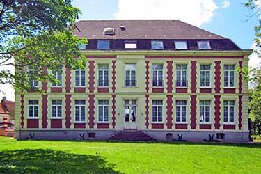 Chateau De Moulin Le Comte, Aire sur la lys