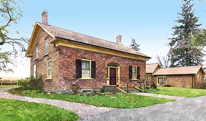 Manchester B&B Port Perry