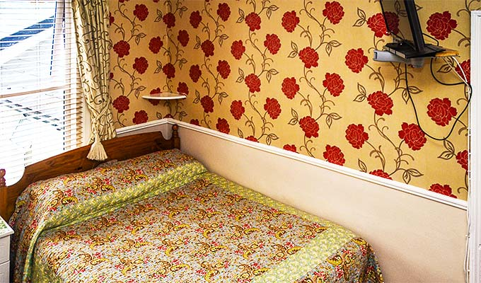 King size beds in double rooms - twins rooms also available