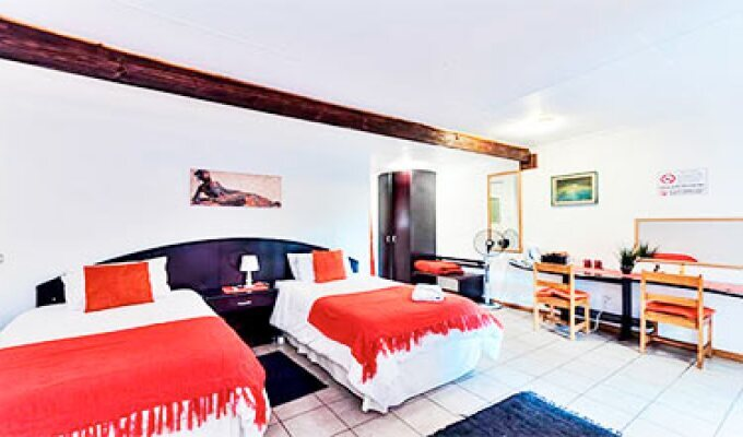 Amanzi Guest House Port Elizabeth