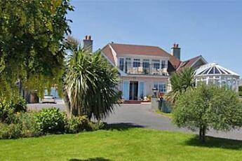 Cliff House B&B, Tramore, Waterford