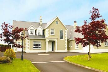 Dergfield House B&B, Ballybofey, Donegal