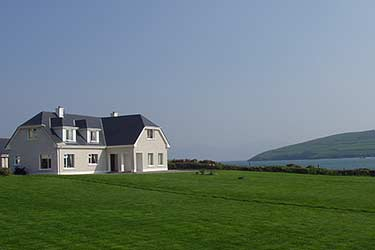 Emlagh Lodge   Dingle Town