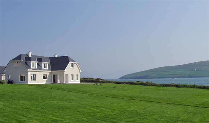 Emlagh Lodge - Looking out over Dingle Bay - WOW!