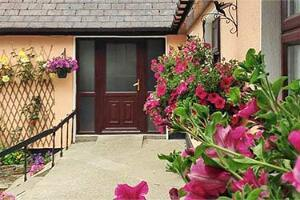 Eriu Lodge B&B Moyard