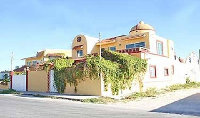 La Villa Esmeralda Inn Chixculub Puerto