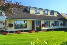 Hillview House Guesthouse Lusk