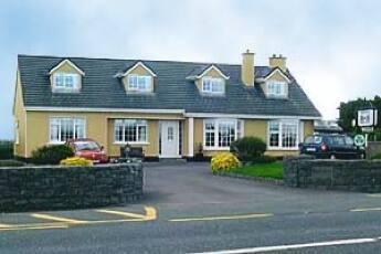 Hillview B&B, Oranmore, Galway