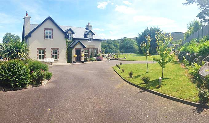 Peaceful accommodation close to Caragh Lake and on the Wild Atlantic Way