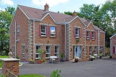 Killead Lodge Guesthouse, Crumlin