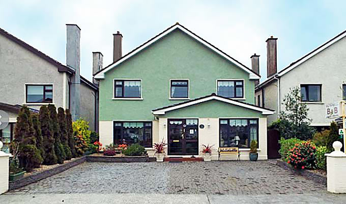 Kiltevna B&B conveniently located between Galway city and Salthill with its fine beaches