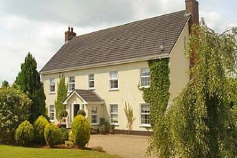 Laburnum Lodge B&B, Tullow, Carlow