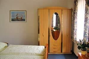 Hotel Pension Locarno Munich
