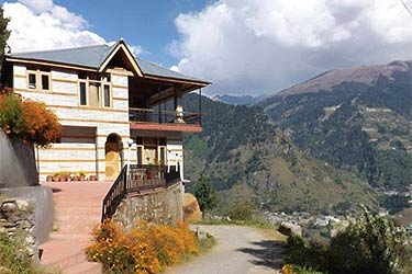 Majestic Woods Cottage B&B Manali
