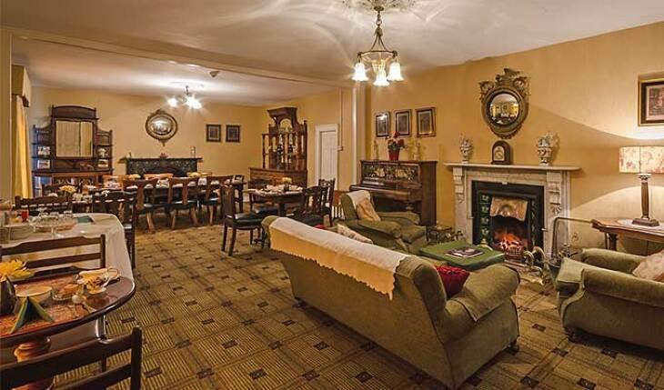 Meath Arms Inn