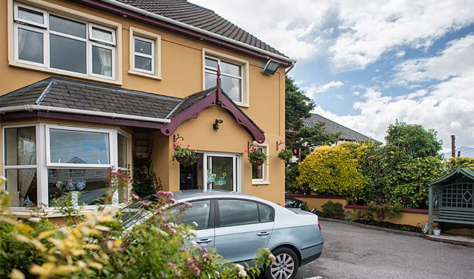 Welcome to Orchard House Bed and Breakfast Killarney