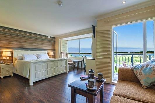 bnb reviews Sea Breeze Lodge B&B
